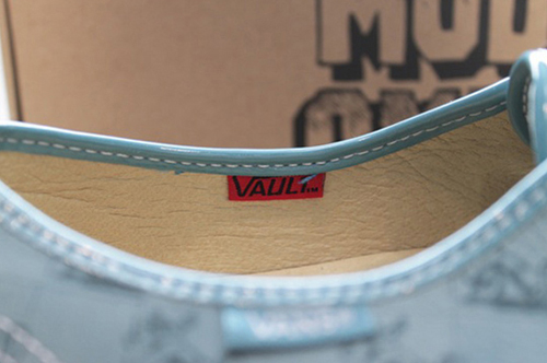 R. Crumb x Vans Vault Authentic One Piece LX - Detail 2